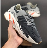 Adidas Yeezy Boost 700 V2 mesh breathable sneakers shoes