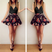 v-neck sleeveless low-cut floral dress