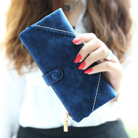 Scallop Stitch Synthetic Leather Clutch Long Wallet