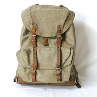 SWISS ARMY BACKPACK from 1955, Military Leather and Canvas Bag, 'Salt & Pepper', Large Rugged Men's Rucksack, Fishing, Hiking, Switzerland