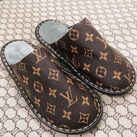 Louis Vuitton LV Leather Slippers Flat Bottom Flat Heel Men's and women's home indoor and outdoor non-slip, wear-resistant and durable slippers