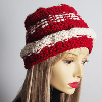 Handmade red & white cloche hat - Valentine hat - Ready to ship - Chunky knit hat - Womans winter hat - Crochet OOAK hat - Teen girl hat