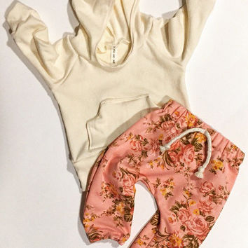 Baby  girl clothes / baby / baby shower gift / cute baby clothes / floral baby clothes