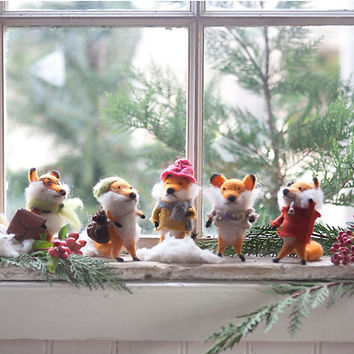 Foxy Fellows Ornament Set