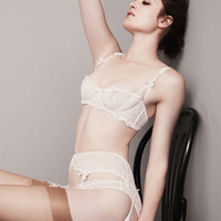 Love White, Classics Collection - The very best from Agent Provocateur: Luxury Lingerie