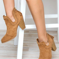 Round Up Daisy Boots - Tan