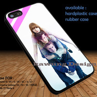 Doctor Who Matt Smith and Friend DOP199 iPhone 6s 6 6s+ 5c 5s Cases Samsung Galaxy s5 s6 Edge+ NOTE 5 4 3 #movie #supernatural #superwholock #sherlock #doctorWho