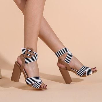 2021 new high heel sandals buckle thick heel large size women's shoes fashion cross sandals shoes