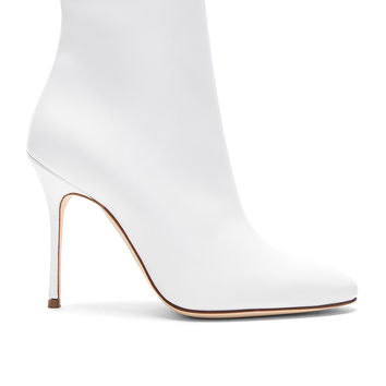 Manolo Blahnik Leather Insopo 105 Booties in White | FWRD