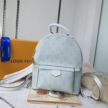 lv louis vuitton shoulder bag lightwight backpack womens mens bag travel bags suitcase getaway travel luggage 88