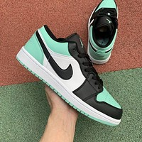 Nike AIR Jordan AJ1 low-cut basketball shoes men and women low-cut non-slip grinding shoes