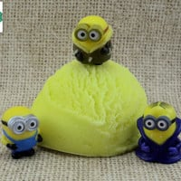 Minions Surprise Mondo Bath Truffle - Sweet Orange Scented - Kids Toy Bath Bomb, Bubble Bath, Bath Melt, All in One!