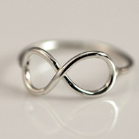 ON SALE Infinity Ring - Thumb Ring - Infinity Jewelry - Promise Ring - Argentium Strerling Silver Jewelry - Handmade