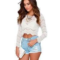 Long Sleeve Lace Cropped Top