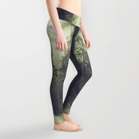 Life choices Leggings by HappyMelvin