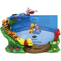 WINNIE THE POOH KITE FLYING GANG PICTURE