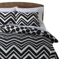 Mudhut™ Black and White Chevron Comforter Set