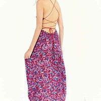 The Dress Shop: Mix and Max - Urban Outfitters
