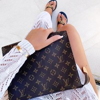 Louis Vuitton LV Fashion Woman Men Envelope Clutch Bag Leather File Bag Tote Handbag Makeup Bag