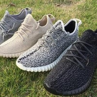 Yeezy Boost 350 1:1 Top Quality Yeezy 350 with Original Box Discounted Yeezy 350 Boost Pirate Black Moonrock Oxford Tan Turtle Dove Gray