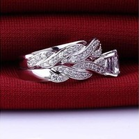 2 Pcs Women's Attractive 925 Sterling Silver Plated Rehinestone Engagement Wedding Ring Set HSY [7981379527]