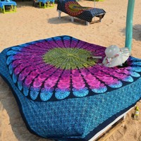 Rainbow Peacock Feather Circle Pattern Boho Wall Tapestry