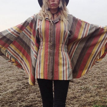 VTG 1970s striped Canvas cape with pockets || One size