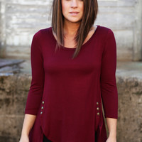 Talk To Me Tunic - Burgundy