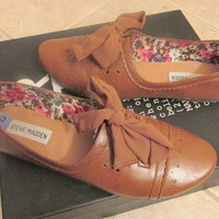 Steve Madden Brown Lace-Up Flats
