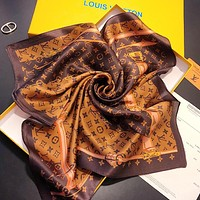 LV Louis Vuitton Woman Stylish Silk Cape Scarf Scarves Shawl Accessories