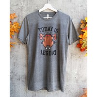 Distracted - Today is Leg Day Thanksgiving Unisex Graphic Tee in Heather Grey