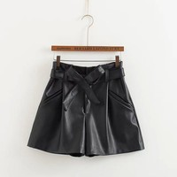 Butterfly Waistband PU Leather Pants Casual Shorts [6048824897]