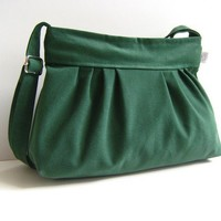 Pleated Bag in Emerald Green -Small- / Zipper Closure / Pine Tree Green / For Her / Everyday Purse / Texture / Spring Fashion / Summer
