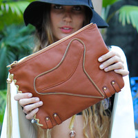 Kamera - Shark Tooth Clutch / Brown Leather