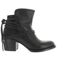 ESBONIG Freebird Casey - Black Leather Pull-On Bootie