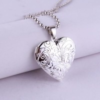 Tendrils Heart Locket Necklace For Woman