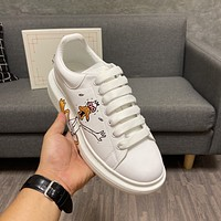 AIexanderMcQUEEN Woman's Men's 2020 New Fashion Casual Shoes Sneaker Sport Running Shoes0406wd