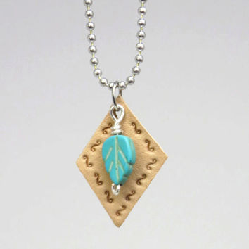 Leather and turquoise pendant necklace - Boho necklace - Hippie pendant necklace - Leather turquoise leaf pendant
