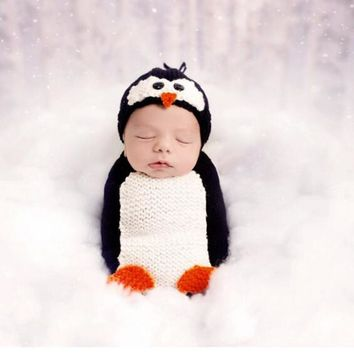 2pcs/set Baby Penguin Handmade Knitted Hat + Sleeping Bag Photography Prop