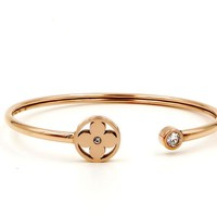 LV Louis Vuitton Stylish Women Titanium Steel Jewelry Single Drill Small Flower Round Little Twist Bracelet Fashion Simple Accessories Rose Gold