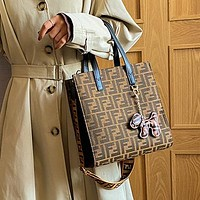 Fendi Louis Vuitton LV Dior CD Classic Hand Bucket Bag FF Letter Print Pattern Fashion Ladies One Shoulder Messenger Bag