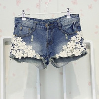 women's lace Flower Flange Hole Wash  jeans denim short pants trousers LL334QAF = 1929924868