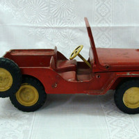 Al-Toy Willys Jeep Red Molded Aluminum Jeep Spare Tire 1940's