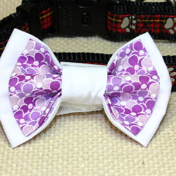 Medium White and Purple Dog Bowtie. White Cotton and Lavander Flowers Pet Accessories. Wedding Stuff for Dog Collar. For Small or Medium Pup
