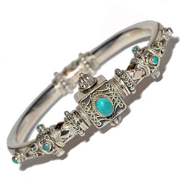 Artisan Unique Handmade Turquoise Scroll-work Hinged Bangle with