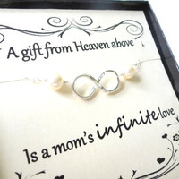 Thank you Mom Silver Infinity Bracelet, Pearl Bracelet, Mother of the Bride, Mother of the Groom, Mothers Day Gift, Mothers Card Set