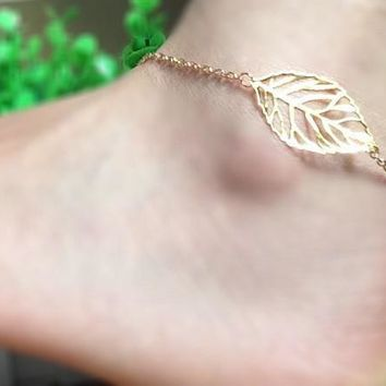 Cute Shiny Gift New Arrival Ladies Sexy Jewelry Hollow Out Leaf Stylish Simple Design Beach Sandals Anklet [6768756359]
