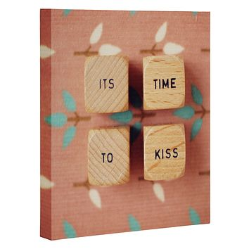 Happee Monkee Its Time To Kiss Art Canvas
