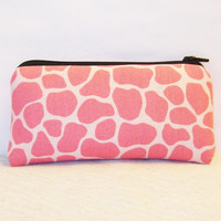 """Pink Giraffe Print Cotton Padded Pipe Pouch 5.5"""" / Glass Pipe Case / Spoon Cozy / Piece Protector / Pipe Bag / SMALL"""
