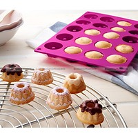 20 Hole Bakeware Tool Silicone Mould Cake Decorating Baking Mold 4cm Diameter Chiffon Cake Cup Mould SMB 40115542